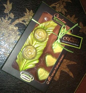 deko kerzen und schokolade