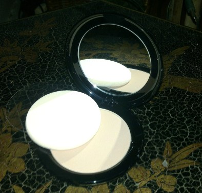 Ultra Cover Compact Powder