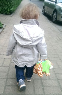 feli mit handtasche