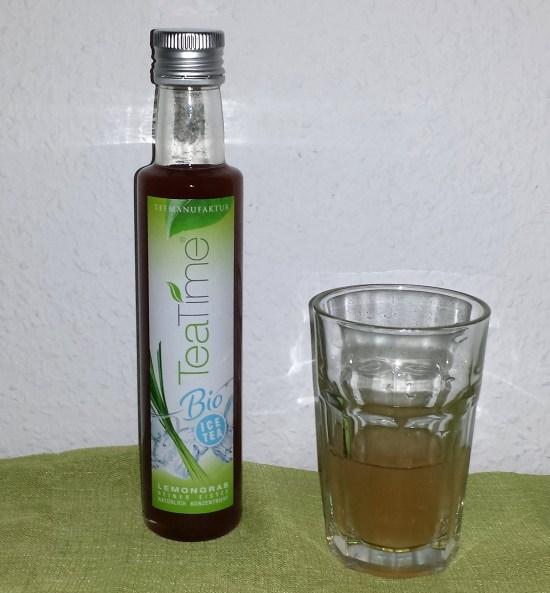 teatime - 1 flasche und glas