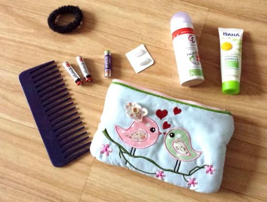 handtaschen-blogparade-inhalt-kosmetiktasche